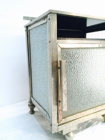 petit meuble m tal les volets bleus antiquit s. Black Bedroom Furniture Sets. Home Design Ideas